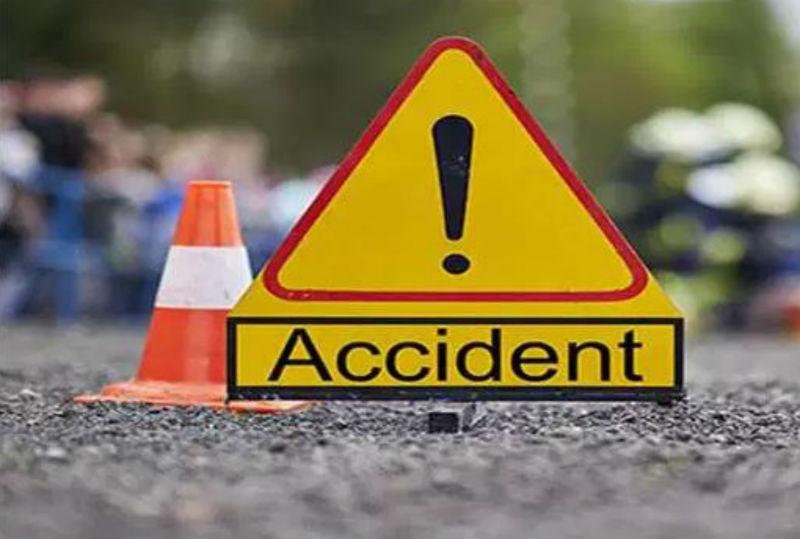 झापा दुधेमा एम्बुलेन्स दुर्घटना हुँदा चालकको मृत्यु