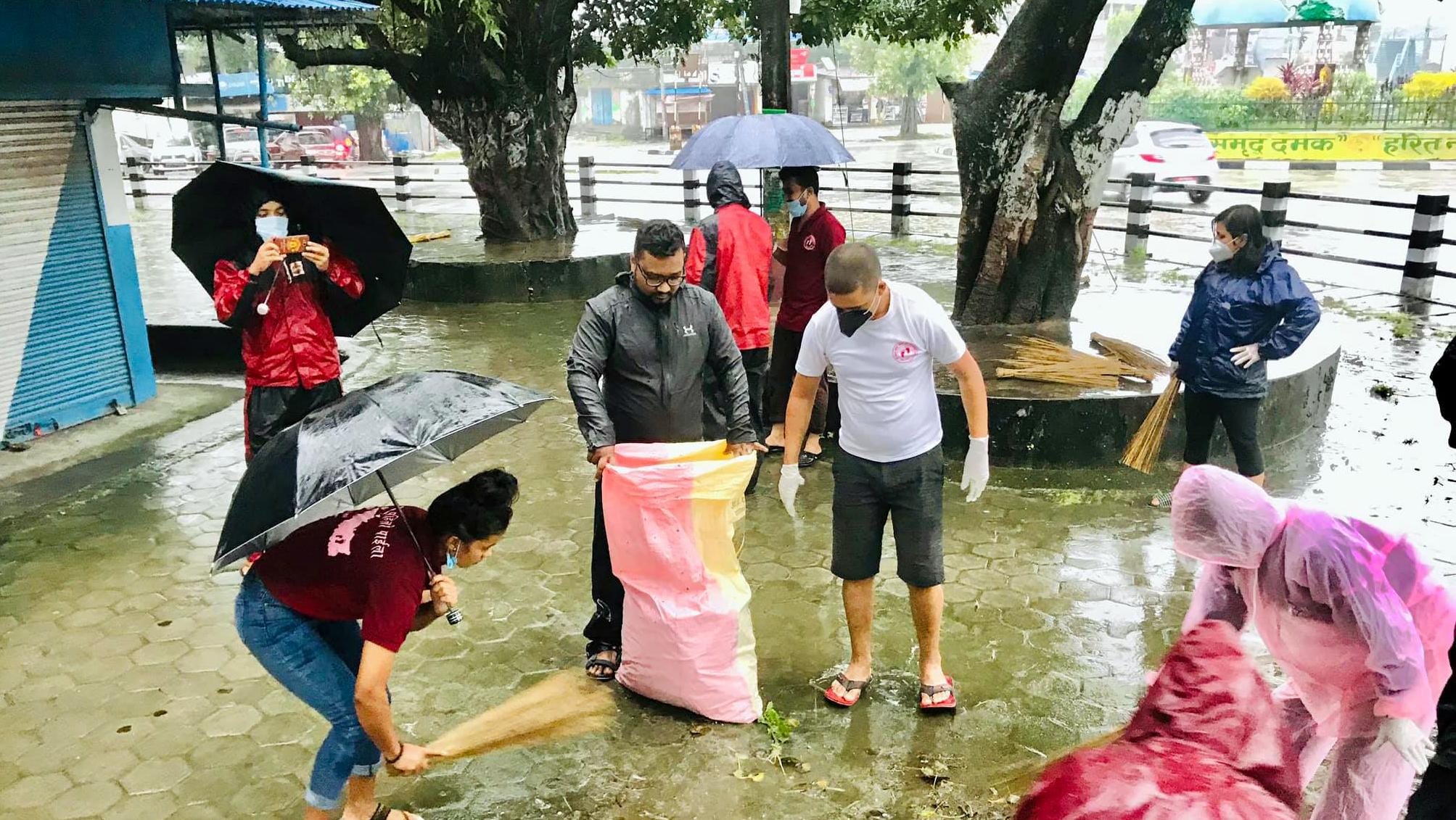 'पहिलाे पाइला नेपाल' दमक शाखाकाे ८ हप्ते सरसफाई अभियान सुरू