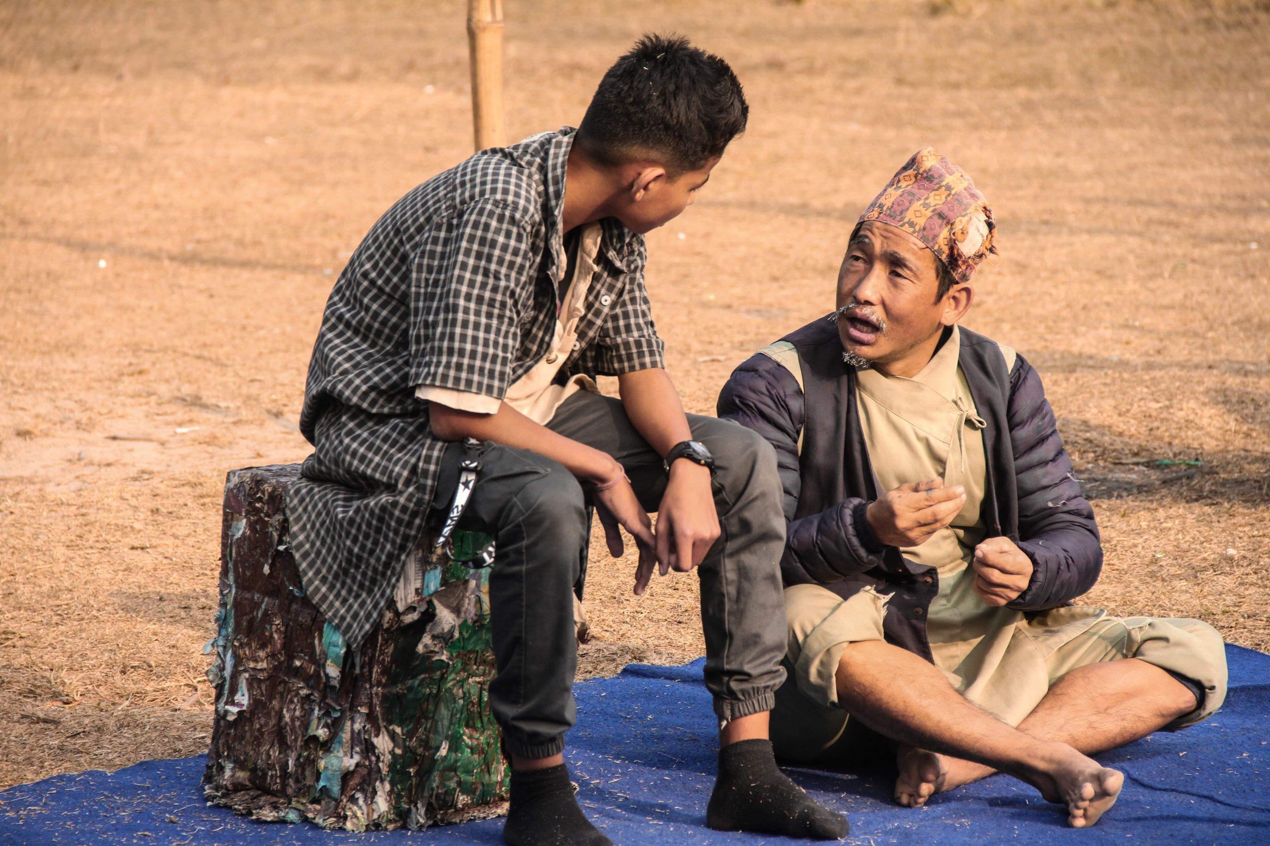 """विधार्थीहरु लक्षित नाटक """"एकादेशको रिटठू"""" मञ्चन सुरु"""