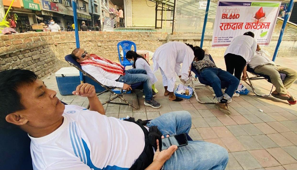 रोट्रायक क्लब अफ विर्तामोडको आयोजनामा रक्तदान कार्यक्रम सम्पन्न